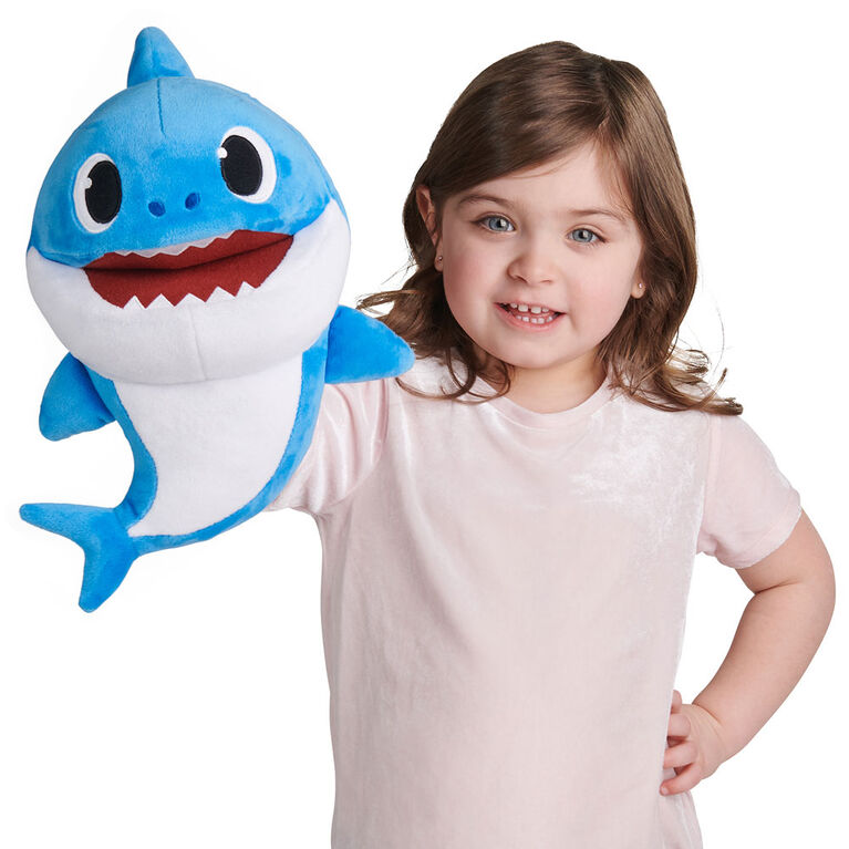 Pinkfong Baby Shark Song Puppet with Tempo Control - Daddy Shark