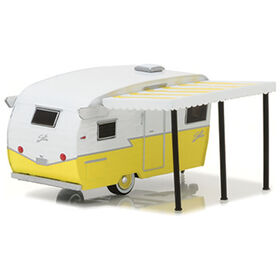 1:64 Hitched Homes Series 3 - Shasta Airflyte