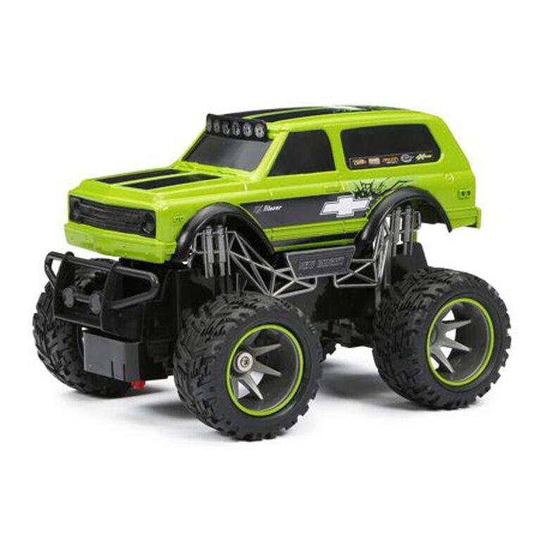 New Bright - 1:24 RC Off Road – Chevy Blazer - Green