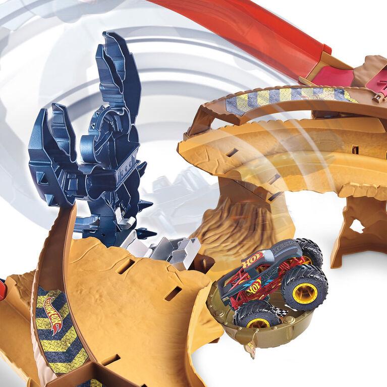 Hot Wheels Monster Truck Scorpion Sting Raceway