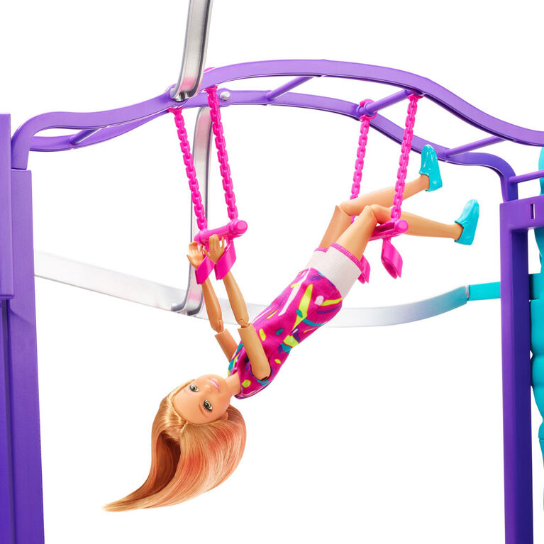 Barbie Team Stacie Doll and Playset