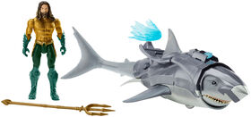 Aquaman - Figurine de 15 cm (6po) - Aquaman et requin.