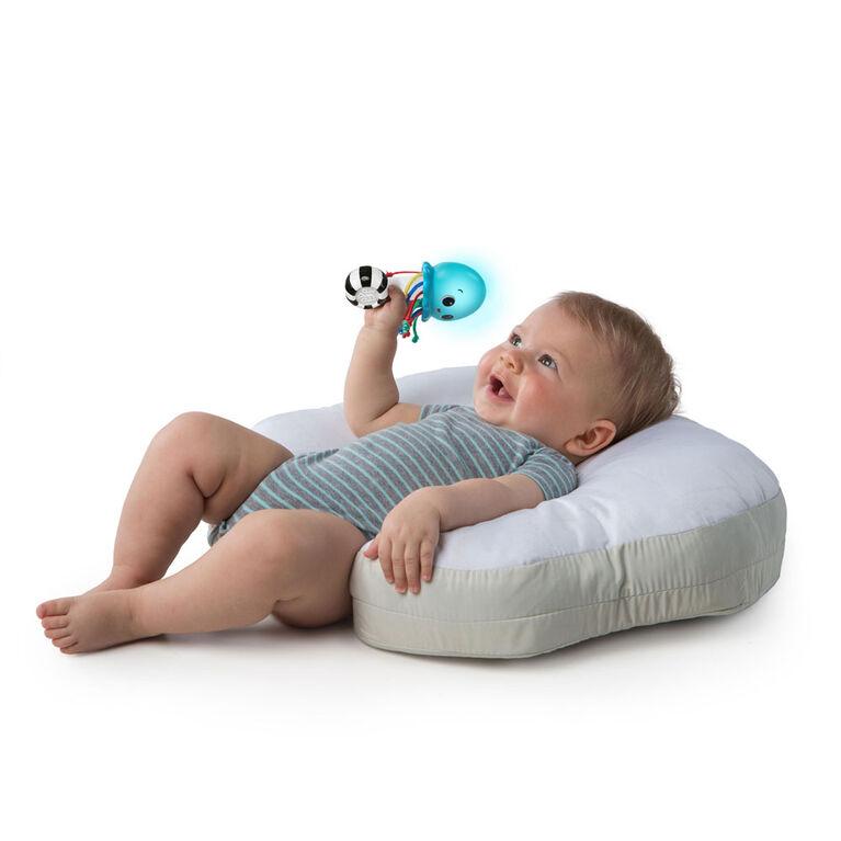 Baby Einstein Ocean Glow Sensory Shaker