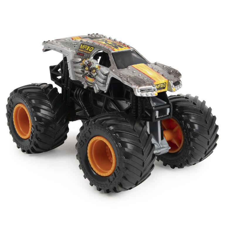 Monster Jam, Official Max-D Break Free Playset with Exclusive 1:64 Scale Max-D Die-Cast Monster Truck