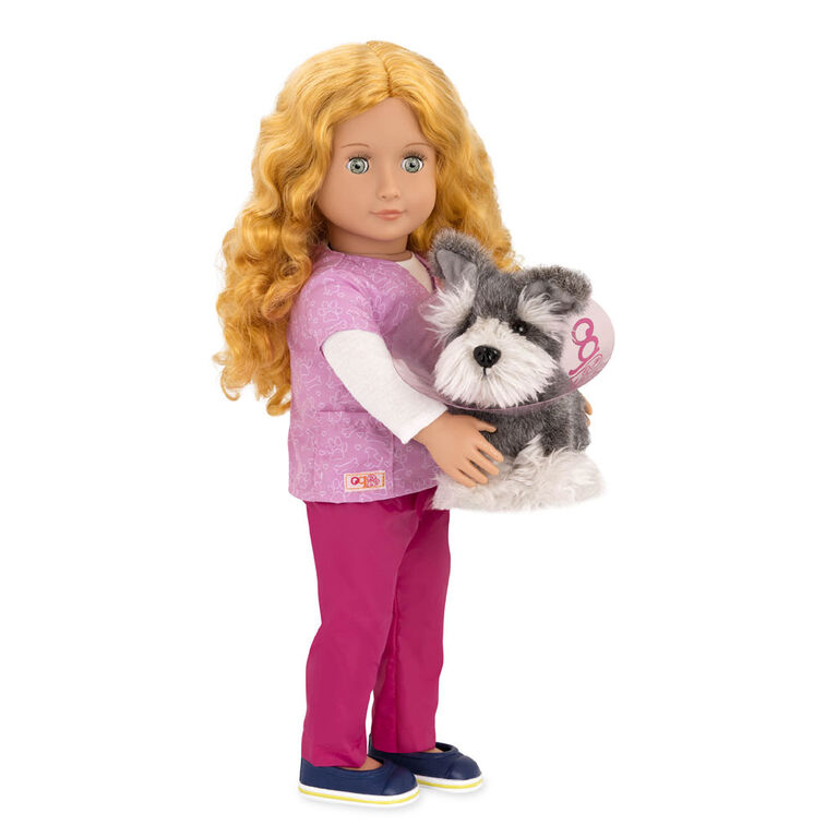 Our Generation, Anais, 18-inch Veterinarian Doll