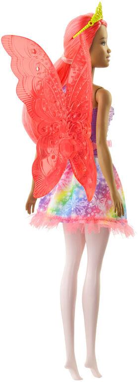 Poupée Fée Barbie Dreamtopia, 30,5cm (12po), cheveux roses, avec ailes et diadème