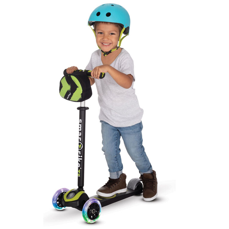 smarTrike - T5 scooTer - Green with lights