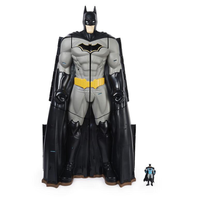Batman, Bat-Tech Batcave, Coffret géant transformable avec figurines et accessoires Batman de 10,2 cm