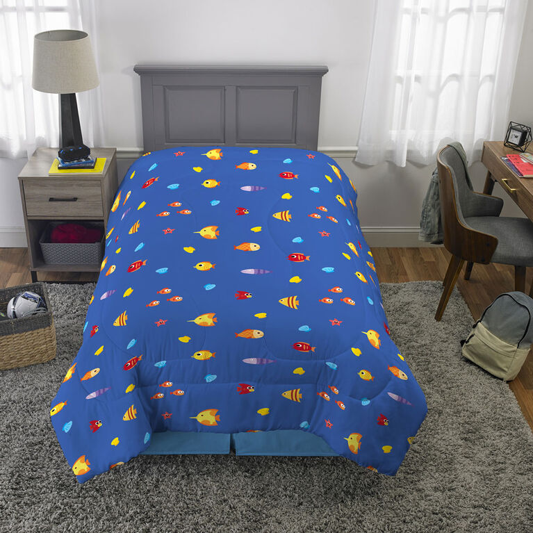 "Baby Shark ""Shark Family""  Twin/Full Comforter"