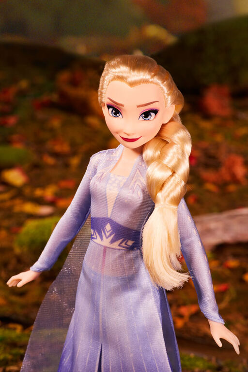 Disney's Frozen II Forest Expedition Set, 4 Fashion Dolls - R Exclusive