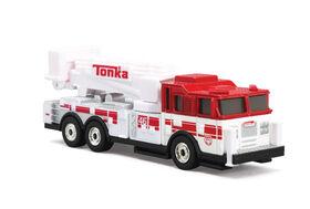 Camion de camion de pompier d'échelle de crochet de grand gréement