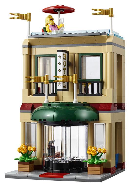 LEGO City Town Capital City 60200