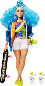 Barbie Extra Doll with Skateboard & 2 Kittens