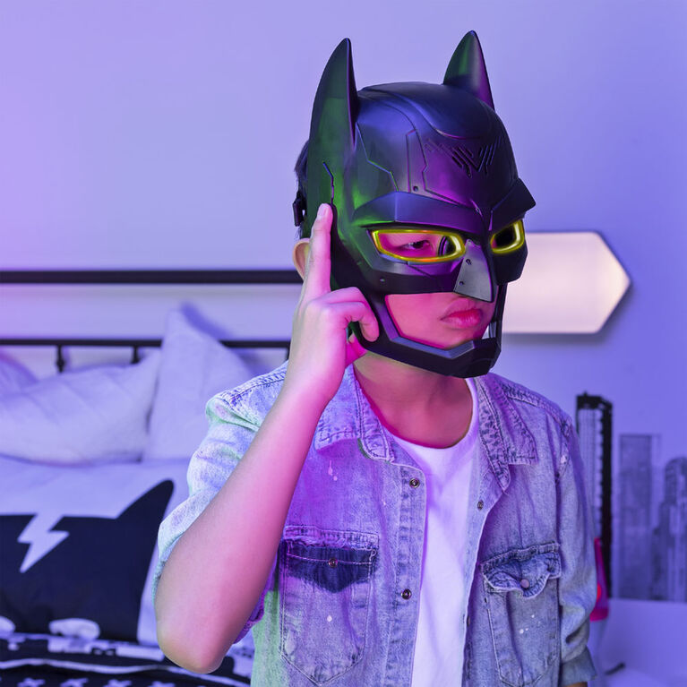 BATMAN, Masque transformateur de voix avec plus de 15 effets sonores