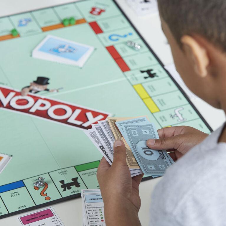 Hasbro Gaming - Monopoly - styles may vary