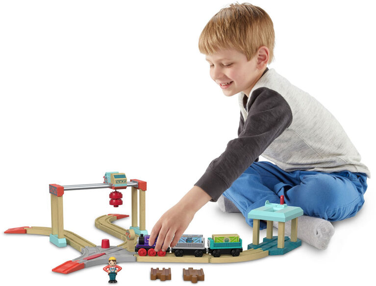 Thomas & Friends Wood Lift & Load Cargo Set