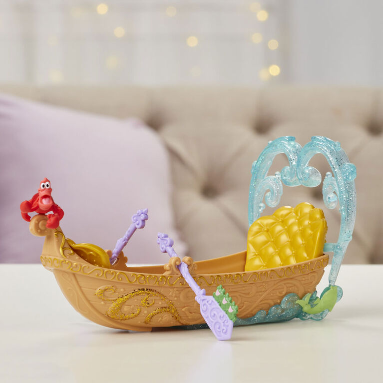 Disney Princess Evening Boat Ride, Ariel and Prince Eric Dolls