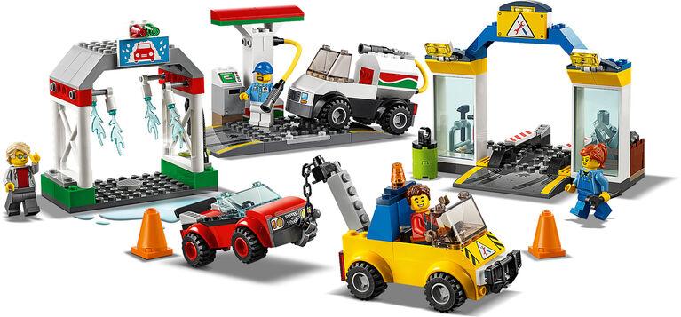 LEGO City Town Garage Center 60232
