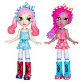 Meilleures copines Off The Hook, Vivian et Jenni (Vacances d'été), Petites poupées de 10 cm avec tenues et accessoires à combiner et assortir. - Notre Exclusivité