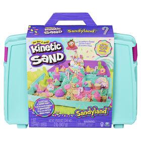 Kinetic Sand, Sandyland avec 907 g de Kinetic Sand, Coffret portable avec plus de 15 outils, élaboré à partir de sable naturel, contient du Kinetic Sand parfumé et coloré - Notre exclusivité
