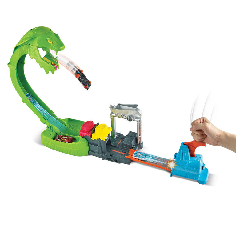 Hot Wheels Toxic Snake Strike