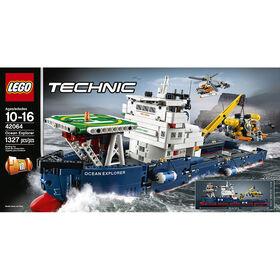 LEGO Technic Le navire d'exploration océanique 42064