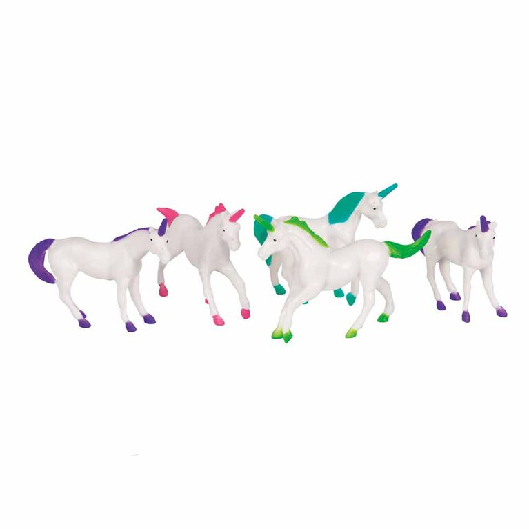 Plastic Unicorn Figurine Favors - 8