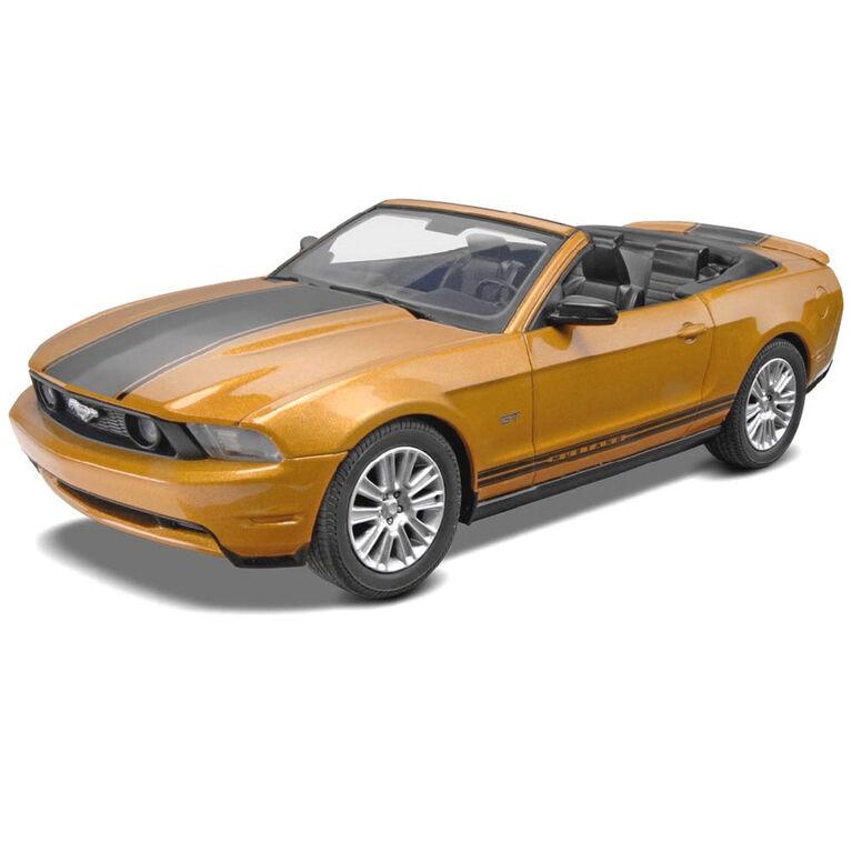 Revell 2010 Ford Mustang Conv - Model