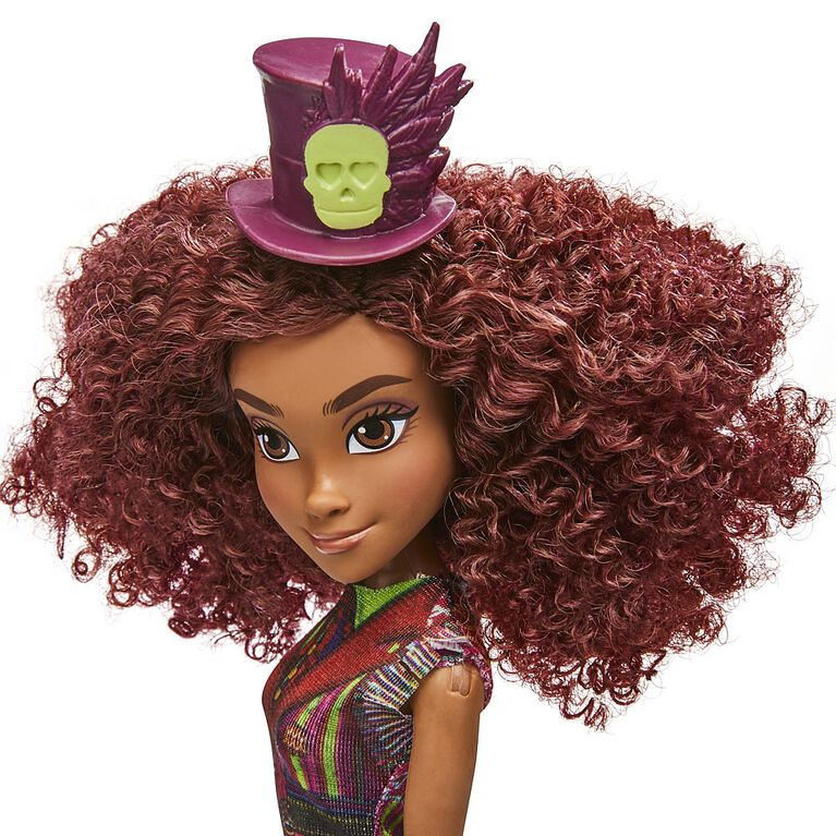 Disney Descendants Celia Fashion Doll with Outfit and Accessories