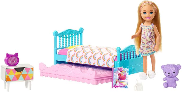 Barbie Club Chelsea Doll & Playset