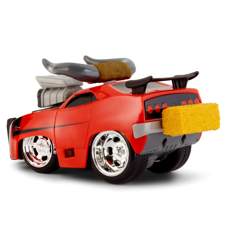 Voiture de course Wreck Royale qui explose et entre en collision Meatloaf avec 4 pièces explosives à agencer et associer