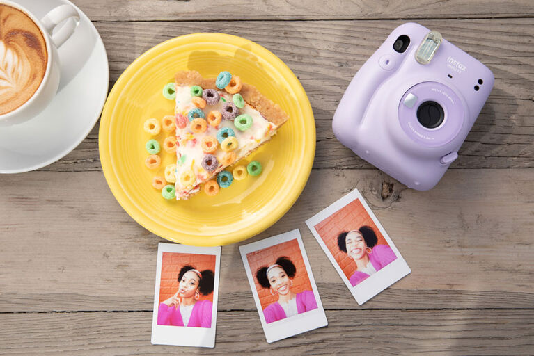 Fujifilm Instax Mini 11 Lilac Purple Instant Camera Bundle