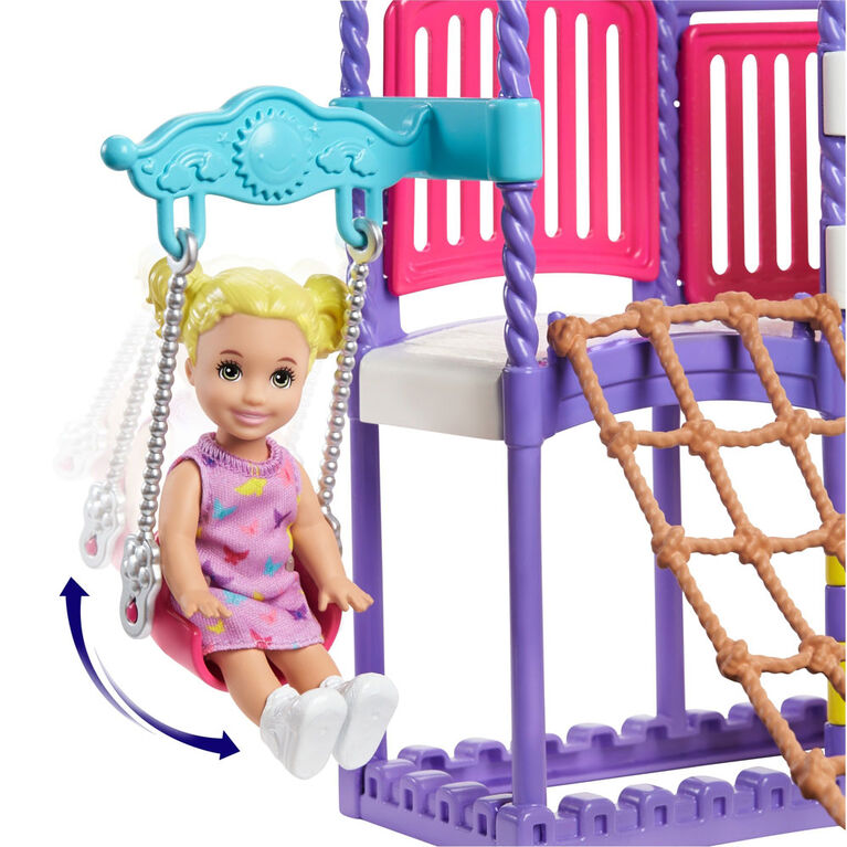 Barbie Babysitters Inc - Skipper - Terrain de jeu Escalade et Découverte
