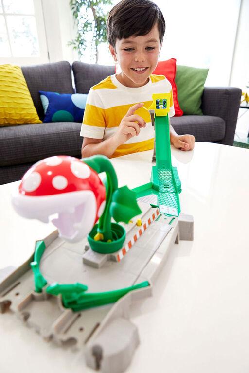Hot Wheels Mario Kart Piranha Trackset - R Exclusive