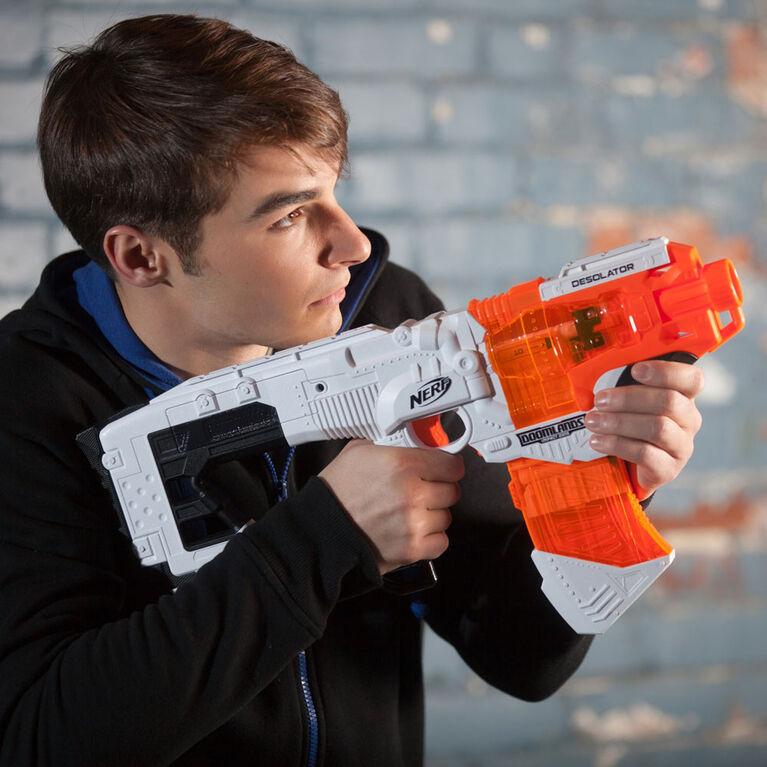 Blaster Nerf Doomlands Desolator avec chargeur 10 fléchettes - Notre exclusivité
