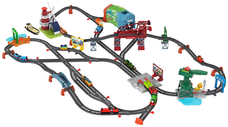 Fisher Price Thomas & Friends Explore the Rails Deluxe Train Set - English Edition