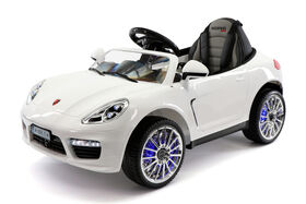 Moderno Kids Kiddie Roadster 12V Battery Power Ride-On Car - White - Exclusive
