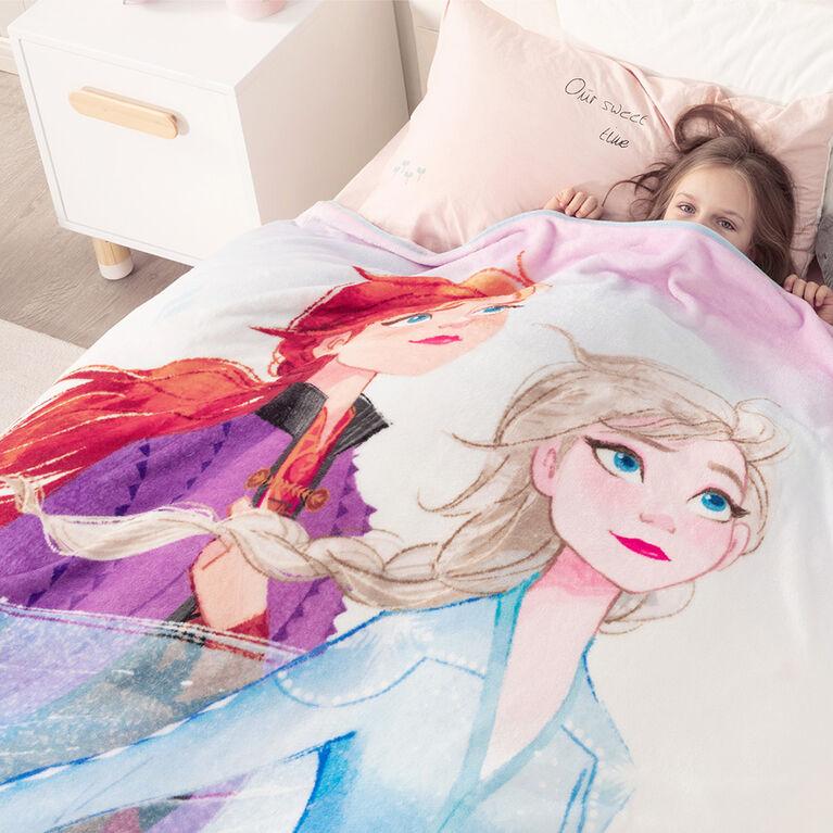 Disney Frozen Fleece Throw Blanket, 50 x 60 inches