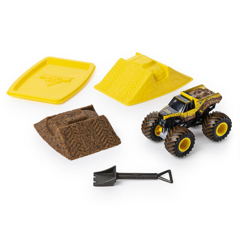 Monster Jam, Earth Shaker Monster Dirt Starter Set, Featuring 8oz of Monster Dirt and Official 1:64 Scale Die-Cast Monster Jam Truck