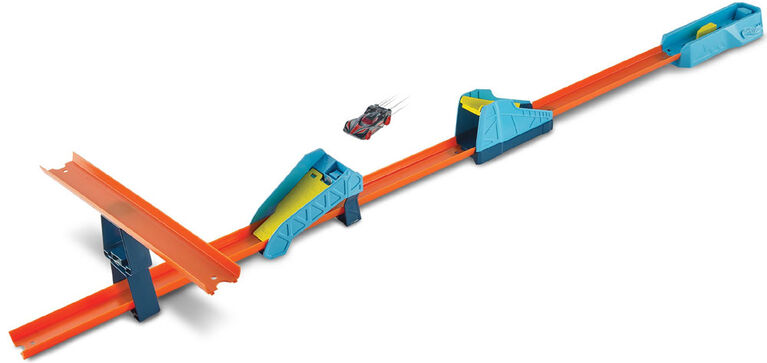 Hot Wheels Track Builder Long Jump Stunt Pack