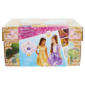 Disney Princess Dress Up Trunk Belle & Rapunzel - English Edition