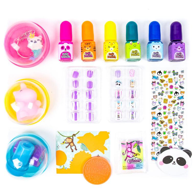 Vendees Go Wild Nail Art