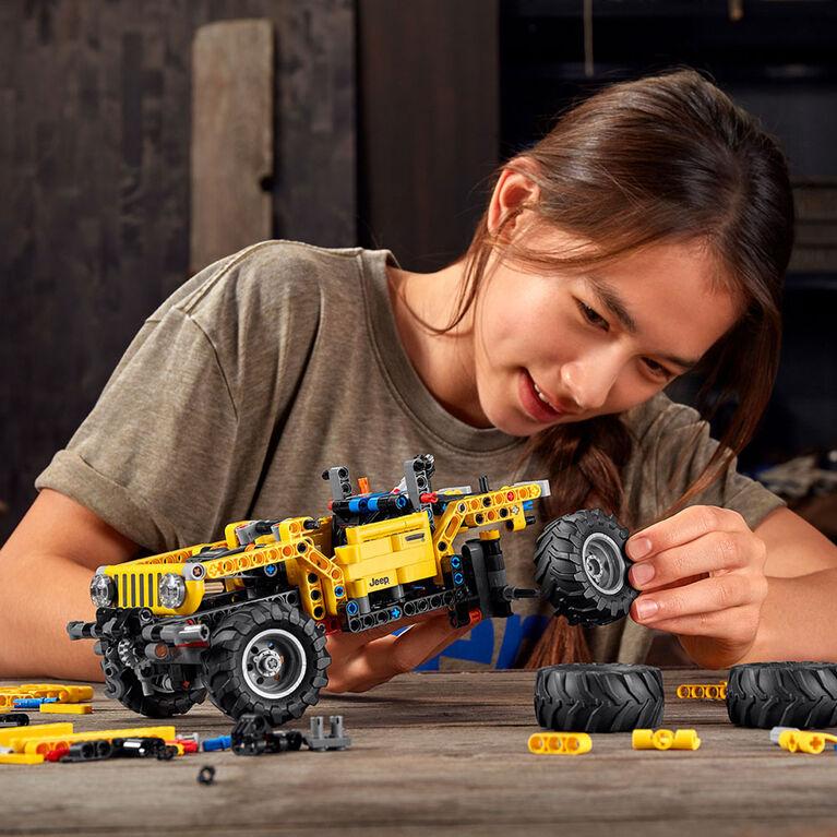 LEGO Technic Jeep Wrangler 42122