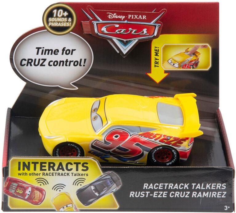 Disney/Pixar Cars Racetrack Talkers Rust-Eze Cruz Ramirez Vehicle - English Edition