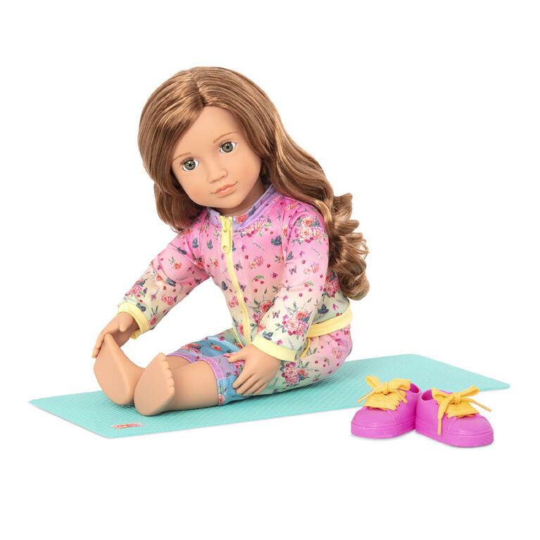 Lucy Grace, Our Generation, Poupée yoguiste de 18po
