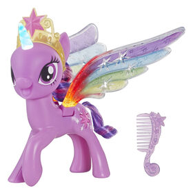 My Little Pony - Figurine Twilight Sparkle aux ailes irisées.