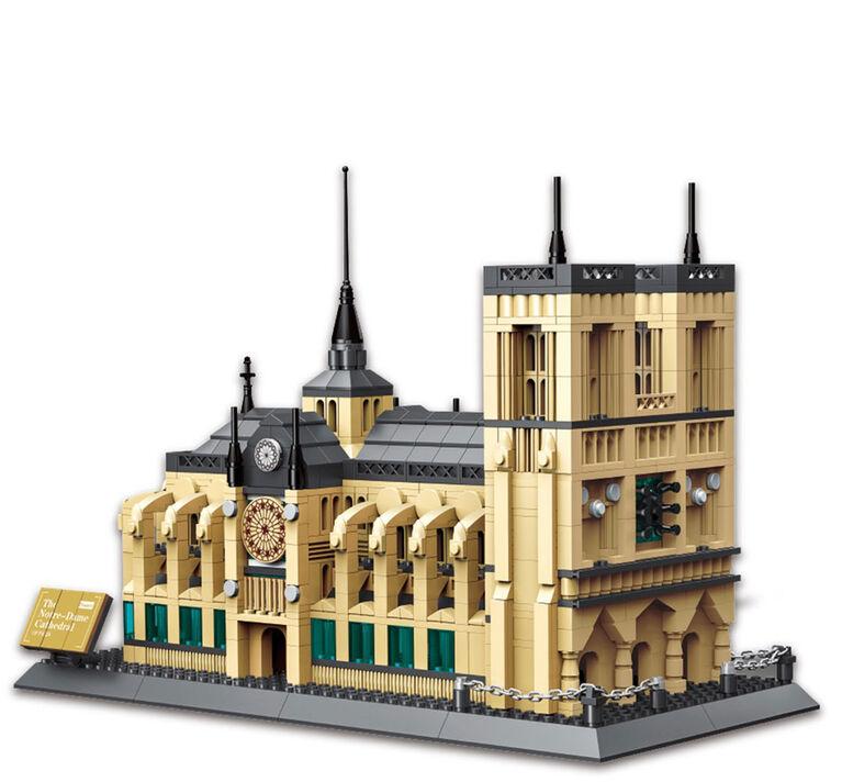 Dragon Blok - Cathedrale Notre-Dame de Paris