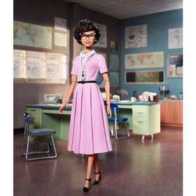 Barbie – Série Femmes Inspirantes – Poupée Katherine Johnson - Édition anglaise.