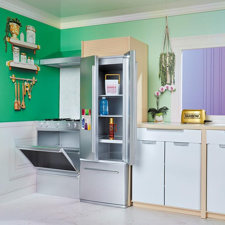 Jeu de maison Rainbow High - maison à 3 étages en bois pour poupée (mesurant 4 pi (1,21 m) de haut et 3 pieds (0,91 m) de large), entièrement meublée avec bain à remous, douche, évier, ascenseur fonctionnels et 50+ accessoires