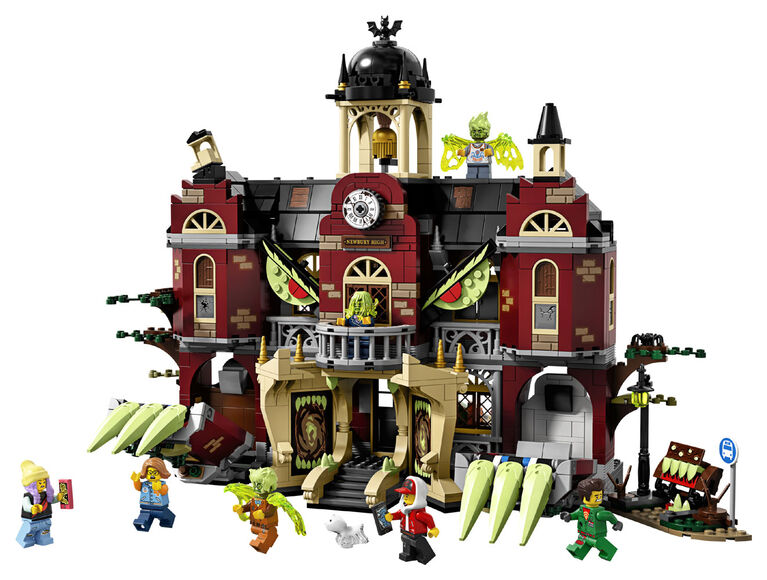 LEGO Hidden Side Newbury Haunted High School 70425
